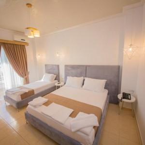 Hotel Murati 4*